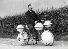 220px-Amfibiefiets_Amphibious_bicycle